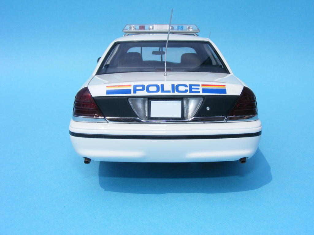 ford crown victoria rcmp dx sedan coupe convertible diecast cars forums. Black Bedroom Furniture Sets. Home Design Ideas